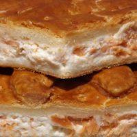 Empanada de Queso Crema y Salmón