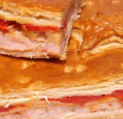 empanada queso pimiento piquillo tumercagourmet