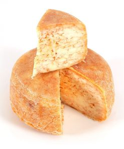 queso gallego curado-pimenton